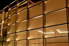 Moderne Gebäudeglaspanels stockbilder