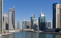 Moderne gebouwen in de Jachthaven van Doubai Stock Afbeeldingen