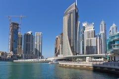 Moderne gebouwen in de Jachthaven van Doubai Stock Foto