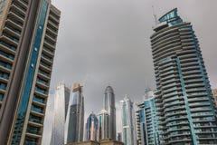 Moderne gebouwen in de Jachthaven van Doubai, Doubai, de V.A.E Royalty-vrije Stock Foto's