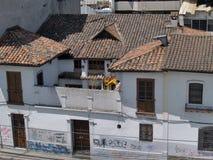Moderne gebouwen, mensen, auto's op de straten van hoofdcit Royalty-vrije Stock Afbeeldingen