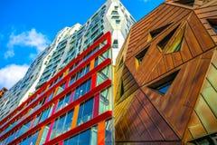 Moderne gebouwen van van het commerciële de moderne architectuur centrumclose-up Royalty-vrije Stock Afbeeldingen