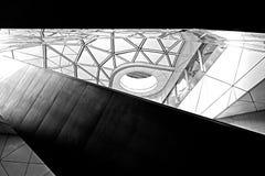 Moderne geometrische Architektur-Decke lizenzfreies stockbild