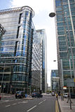 Moderne glasarchitectuur van Canary Wharf-bedrijfsaria, en beambten Stock Afbeelding