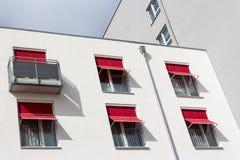 Moderne Häuser Stockbilder