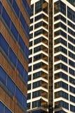 Moderne het Bureaugebouwen van Kansas City & Flatgebouwen met koopflats Royalty-vrije Stock Fotografie
