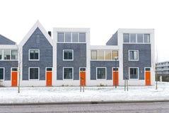 Bouw onlangs eigentijdse huizen in nederland royalty vrije stock afbeelding beeld 35596096 - Eigentijds buitenkant terras ...