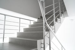 Moderne interiontrap Royalty-vrije Stock Fotografie