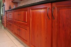 Moderne Küche-Schränke Stockbild