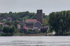 Moderne Kerk op de Donau Stock Foto's