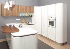 Moderne keuken in het nieuwe huis royalty-vrije stock foto