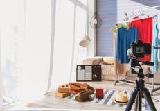 Moderne Kleidung und Zusatz für Blog Stockfotografie