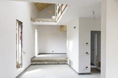 Moderne LandhausBaustelle Lizenzfreies Stockbild