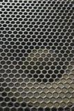 Moderne Lautsprecher Metall, das auf der soliden Dynamik zerreibt stockbild