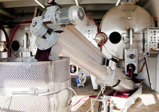 Moderne machine voor de productie van wijn Stock Foto