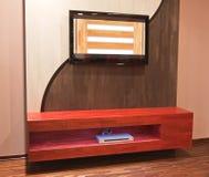 Moderne meubilairMuur met TV Plazma en Blauwe Ray Stock Afbeeldingen