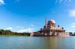 Moderne Moschee Lizenzfreie Stockfotografie