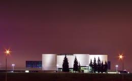 Moderne nationale kunstgalerie in Vilnius nachtscène Royalty-vrije Stock Afbeeldingen