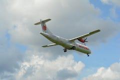 Moderne passagiersvliegtuigen royalty-vrije stock afbeelding