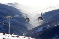 Moderne ropeway bij heuvel Chopok - Lage Tatras, Slowakije Stock Foto
