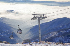 Moderne ropeway bij heuvel Chopok - Lage Tatras, Slowakije Royalty-vrije Stock Foto