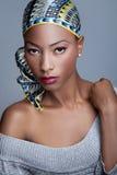 Moderne schwarze Frau lizenzfreie stockfotos