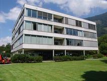 Moderne Schweizer Schule Stockfotografie
