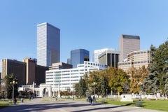 Moderne Skyline Denvers gesehen vom Behördenviertel-Park Stockfoto