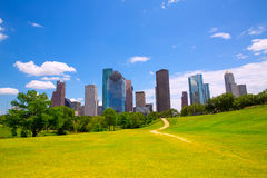 Moderne skyscapers van Houston Texas Skyline en blauwe hemel Stock Foto