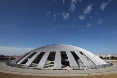 Moderne Sporthalle Stockbilder