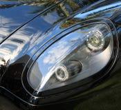 Moderne sportwagenkoplamp Stock Fotografie