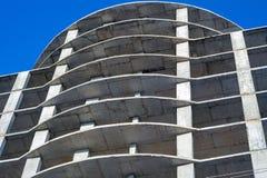 Moderne Stadt, die im Bau errichtet Lizenzfreie Stockfotografie