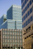 Moderne Stadtbürogebäude Stockfotos
