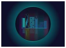 Moderne Stadtwolkenkratzerpanorama-Nachtszene Lizenzfreies Stockbild
