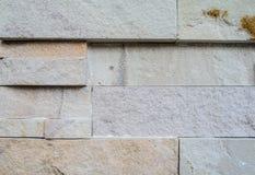 Moderne Steinwand und Hintergrund Stockfotos