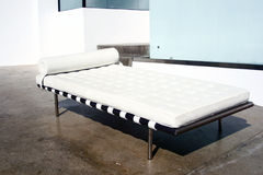 Moderne Stijl Barcelona Daybed   Royalty-vrije Stock Afbeelding