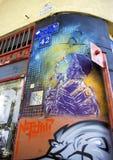 Moderne straat met kleurrijke graffiti Royalty-vrije Stock Fotografie