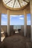 Moderne strandboulevardarchitectuur Stock Afbeelding