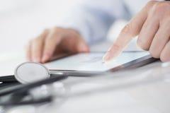 Moderne Technologie und Medizin Lizenzfreie Stockbilder
