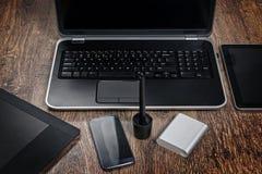 Moderne technologieapparaten Stock Afbeelding