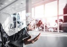 Moderne Technologien für erfolgreiches Geschäftskonzept stockbilder
