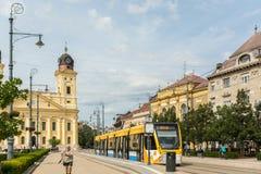 Moderne Tram auf Markt-Straße Stockfotos