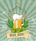 Moderne uitstekende bieraffiche Retro affichemalplaatje voor van de van het van het biermenu, teken, etiket of banner ontwerp Vec Royalty-vrije Stock Foto