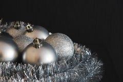 Moderne uitstekende hoge contrastfoto van glanzende, heldere zilveren Chris Royalty-vrije Stock Afbeelding