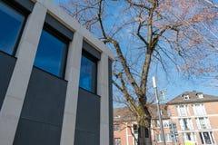 Moderne und im altem Stil Gebäude lizenzfreies stockfoto