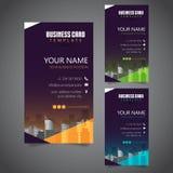 Moderne Unternehmensvisitenkarte mit 3 abwechselnden Farben und Vectorized Gebäuden lizenzfreie stockfotografie
