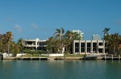 Moderne Villa Lizenzfreies Stockbild