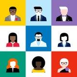 Moderne vlakke vector geplaatst avatars Kleurrijke gebruikerspictogrammen Royalty-vrije Stock Foto's