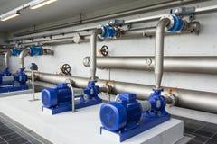 Moderne waterpompen stock afbeeldingen