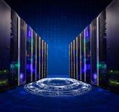 Moderne Webnetwerk en Internet-telecommunicatietechnologie, grote de wolk van de gegevensopslag de dienstzaken van de gegevensver royalty-vrije stock foto